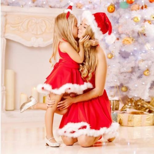 Новогодний костюм для мамы и дочки