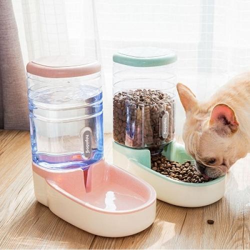 Дозатор корма и воды для собак и кошек