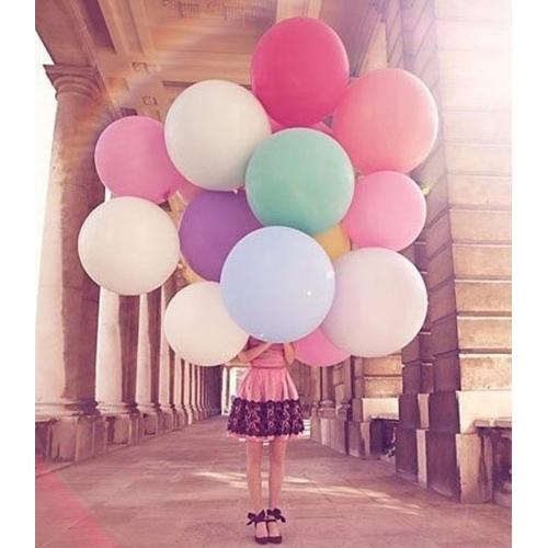 Огромные шары разноцветные